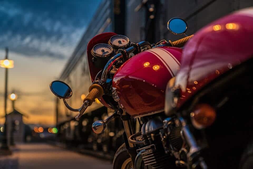 Quel est votre style de moto en tant que femme? Moto-triumph