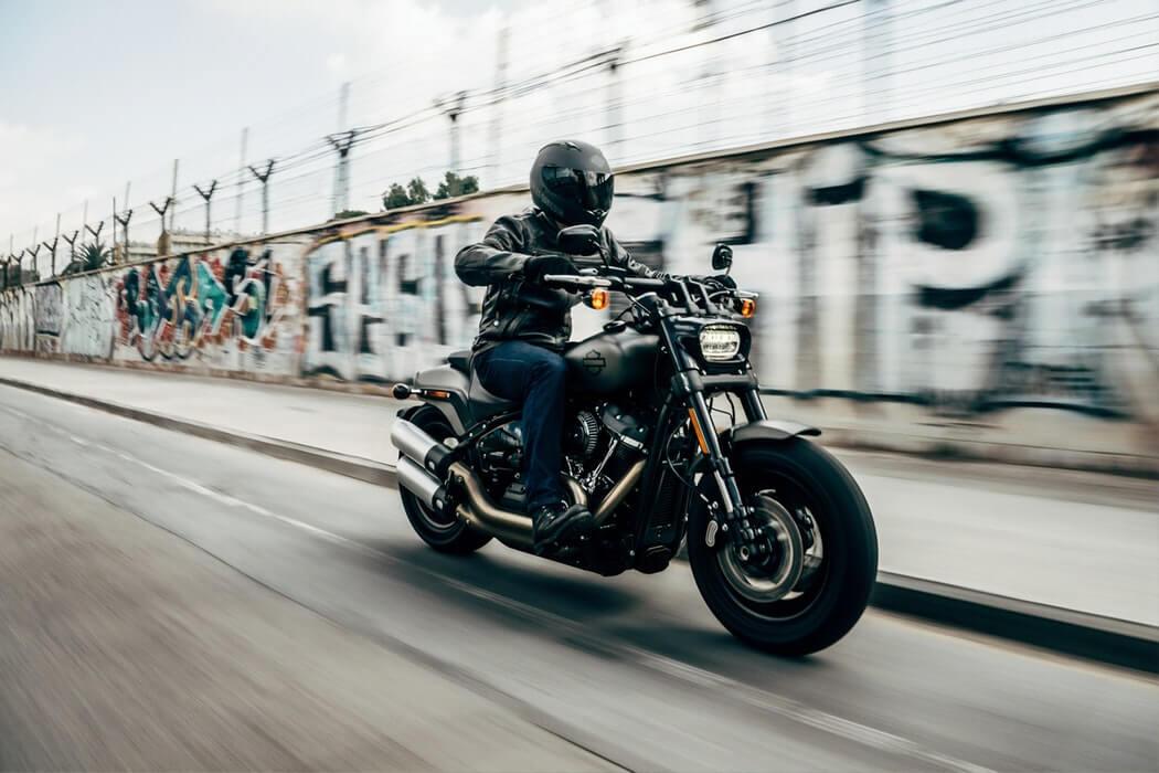 Réussir l'épreuve de circulation du permis  Motorcycle-harley