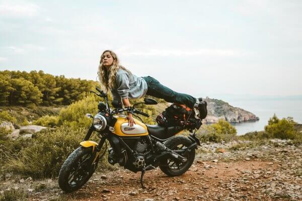 moto-femme