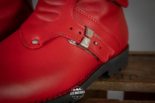 Bottes-moto-femme-Continental-Red-zoom